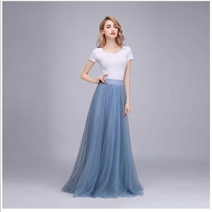 Dresses & Skirts - Dusty blue high waisted tulle skirt